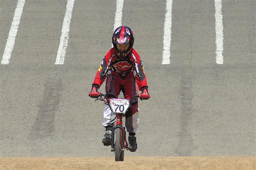 2008レーサーオブレースVOL6 :BMX、MTB、クルーザークラス予選_b0065730_18472289.jpg