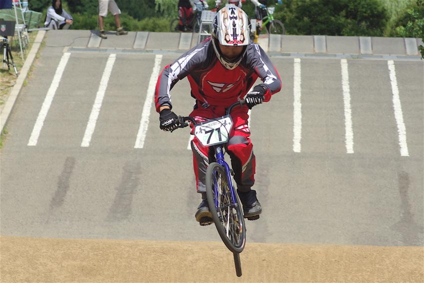 2008レーサーオブレースVOL6 :BMX、MTB、クルーザークラス予選_b0065730_18474073.jpg