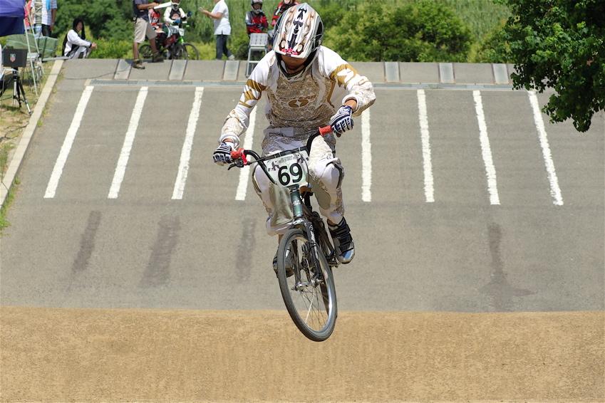 2008レーサーオブレースVOL6 :BMX、MTB、クルーザークラス予選_b0065730_1847647.jpg