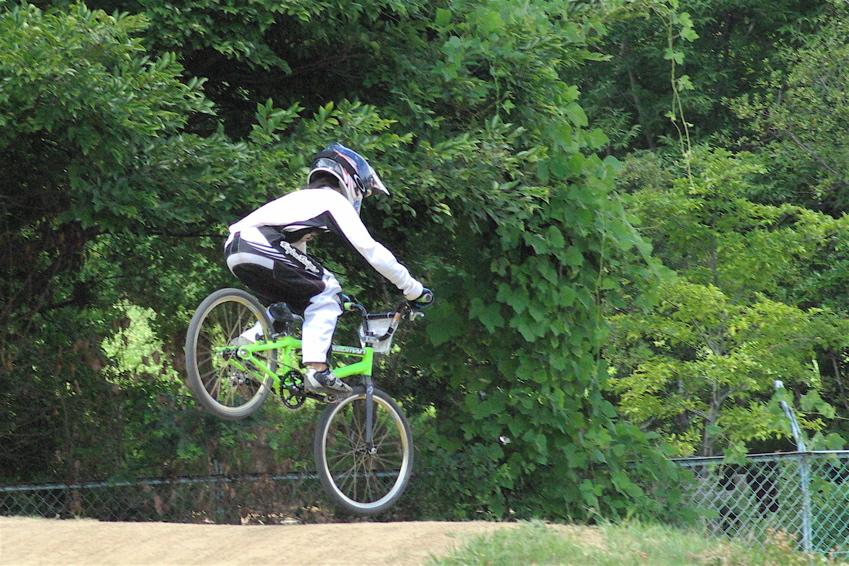 2008レーサーオブレースVOL6 :BMX、MTB、クルーザークラス予選_b0065730_18483068.jpg