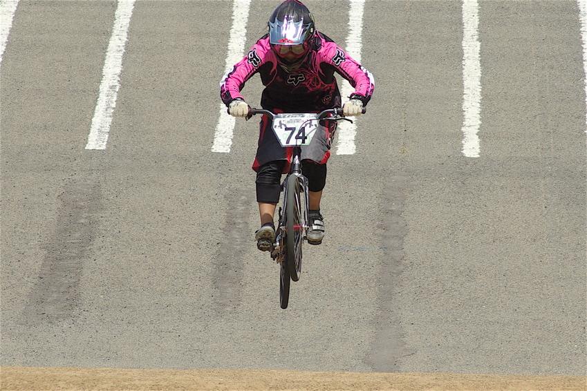2008レーサーオブレースVOL6 :BMX、MTB、クルーザークラス予選_b0065730_18484439.jpg