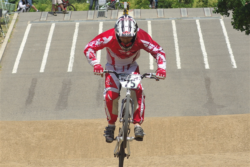 2008レーサーオブレースVOL6 :BMX、MTB、クルーザークラス予選_b0065730_18485740.jpg