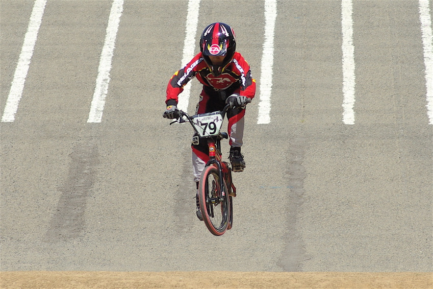 2008レーサーオブレースVOL6 :BMX、MTB、クルーザークラス予選_b0065730_18493934.jpg