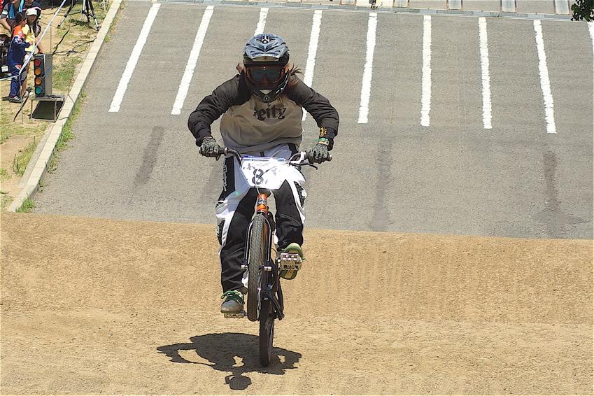 2008レーサーオブレースVOL6 :BMX、MTB、クルーザークラス予選_b0065730_18502495.jpg