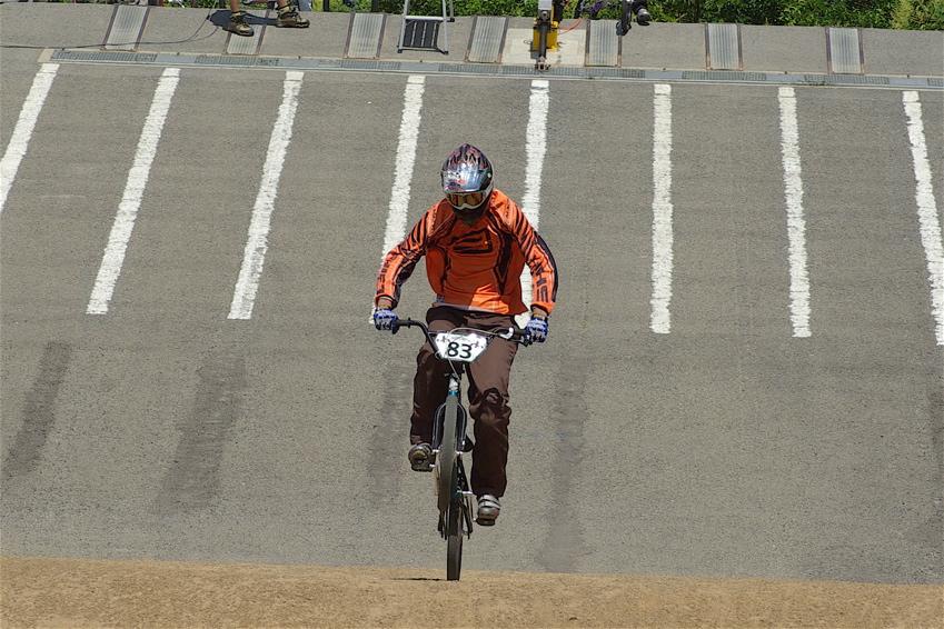 2008レーサーオブレースVOL6 :BMX、MTB、クルーザークラス予選_b0065730_18504085.jpg