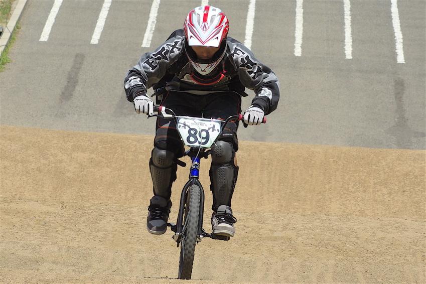 2008レーサーオブレースVOL6 :BMX、MTB、クルーザークラス予選_b0065730_18513731.jpg