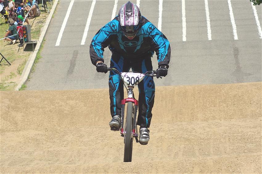 2008レーサーオブレースVOL6 :BMX、MTB、クルーザークラス予選_b0065730_18531265.jpg