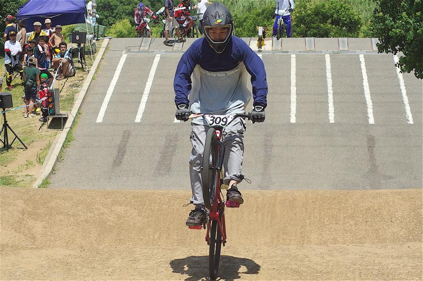 2008レーサーオブレースVOL6 :BMX、MTB、クルーザークラス予選_b0065730_18532475.jpg