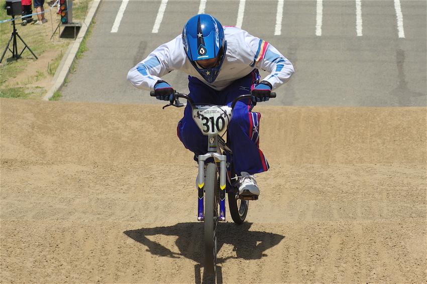 2008レーサーオブレースVOL6 :BMX、MTB、クルーザークラス予選_b0065730_18533921.jpg