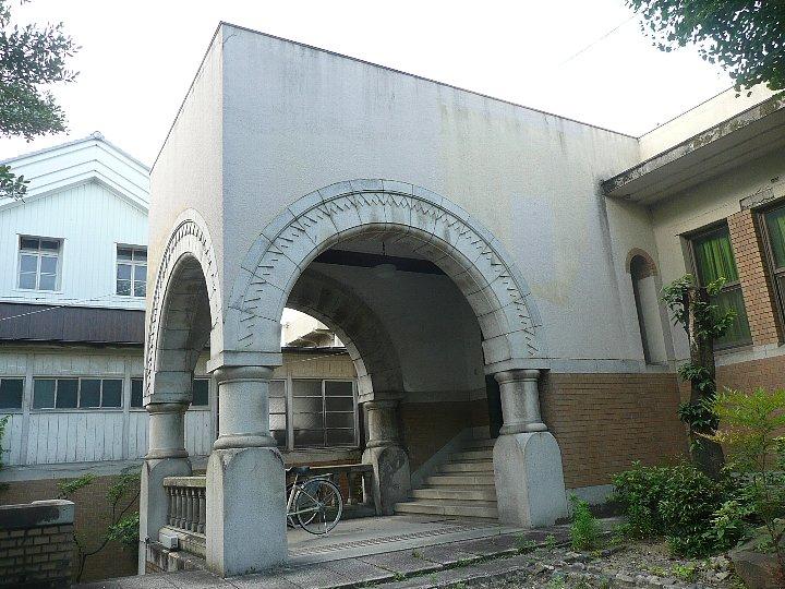 聖ドミニコ会聖トマス学院京都修道院_c0112559_1705555.jpg