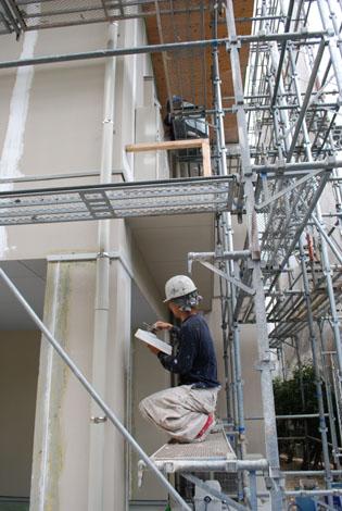 外壁とネイル・・・。_f0163195_0292957.jpg
