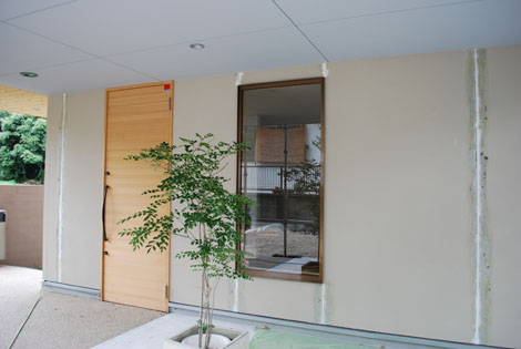 外壁とネイル・・・。_f0163195_0293830.jpg