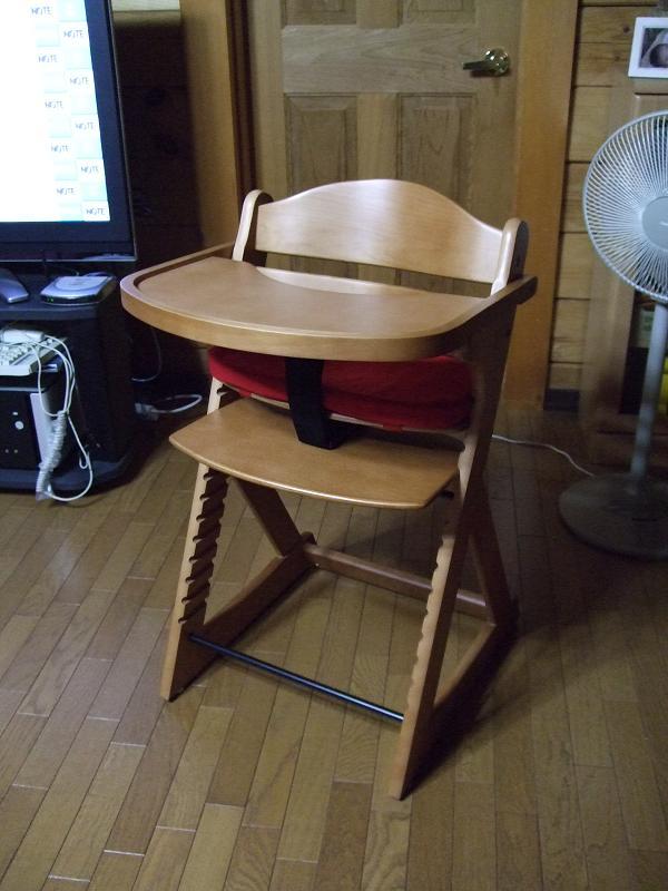 yuiさん用椅子_e0012815_231526.jpg