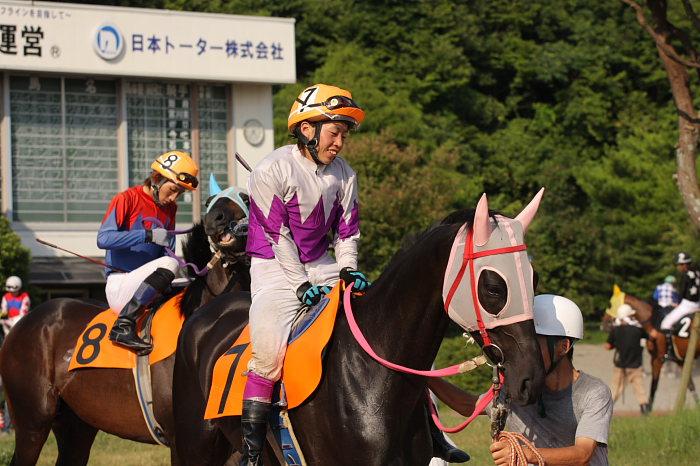 濱田達也騎手、4勝目~_a0077663_2083716.jpg