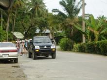ミクロネシア諸島自然体験‐2008年少年少女自然体験交流-島内散策_a0043520_2531966.jpg