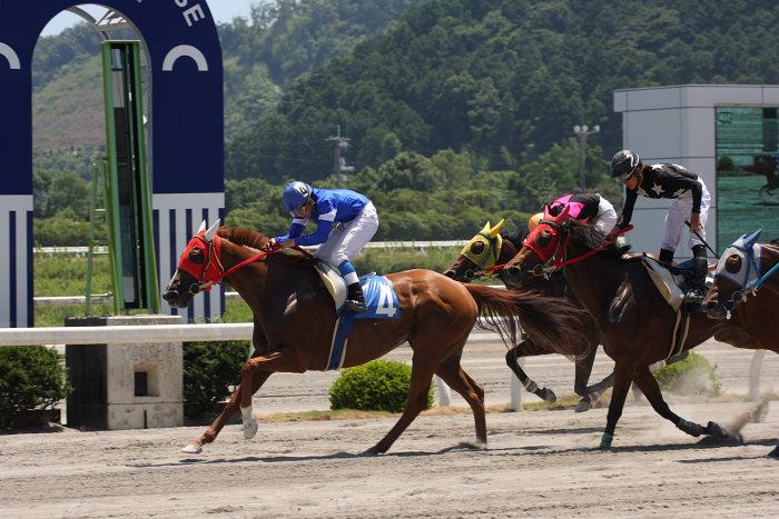 2008年7月20日(日) 高知競馬 4R_a0077663_20341779.jpg