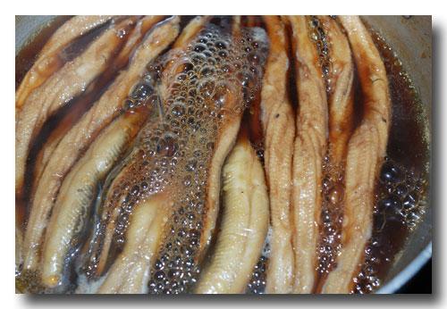 煮穴子の作り方...... アナゴの煮付け ☆ ふっくら柔らかく炊きますよ ♪_d0069838_1123314.jpg