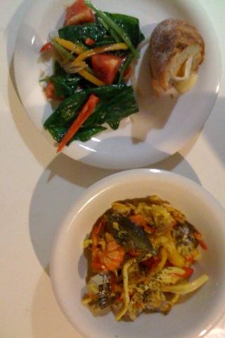 『お食事』_e0143270_2301079.jpg