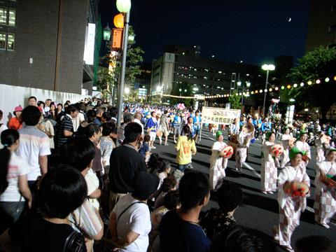 花笠祭り、見に行ってきました。_e0084756_836131.jpg