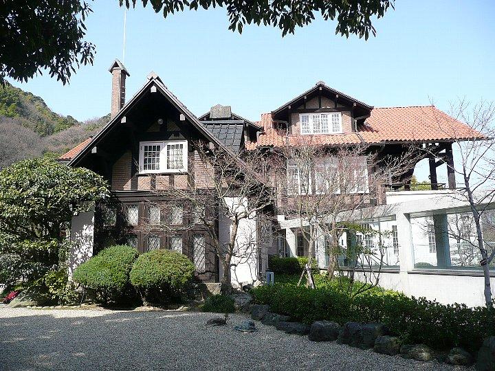 ニッカウイスキーの創始者、加賀正太郎が欧州に遊学したのち自分の山荘とし... アサヒビール大山崎