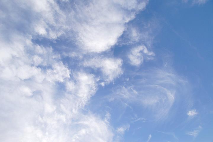 空は何を語るのか_b0067789_822535.jpg
