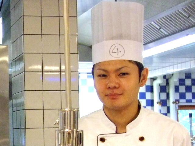 ☆第1回軽井沢スイーツ博コンクール2008☆           最終審査_e0120402_0125426.jpg