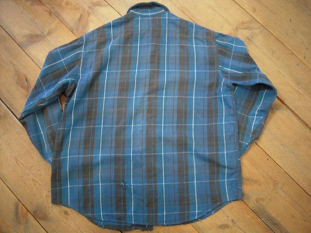 クタクタのネルシャツ。_d0121303_1235843.jpg