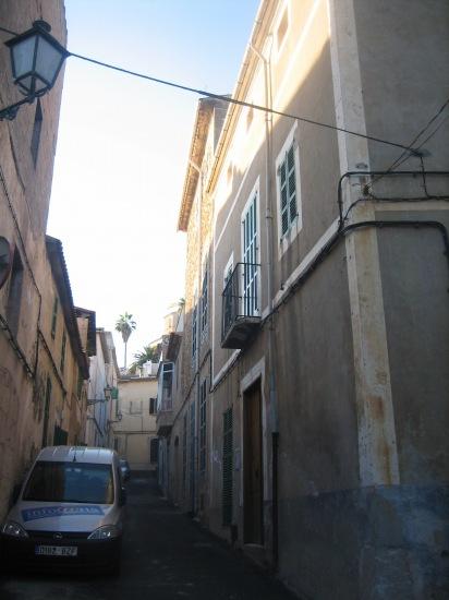 Mallorcaの思い出 15 アルタの町で見かけた扉_b0064411_1492245.jpg
