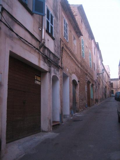 Mallorcaの思い出 15 アルタの町で見かけた扉_b0064411_1533083.jpg