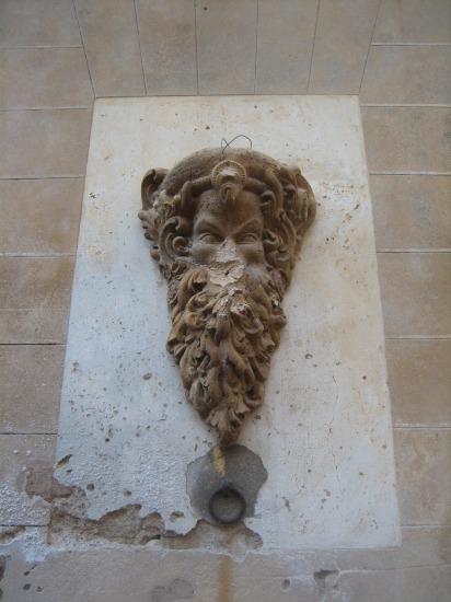 Mallorcaの思い出 15 アルタの町で見かけた扉_b0064411_1564213.jpg