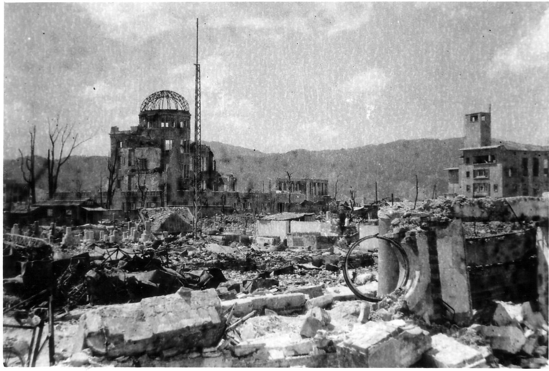 祖父の撮った原爆ドーム_b0100094_23144456.jpg