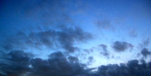 Blue Dragon                                                          碧 い  龍_f0047623_11172345.jpg