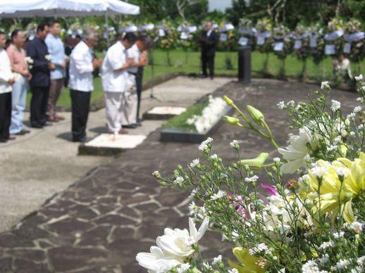 日本の夏、祈りの夏 - カリラヤ日本人戦没者慰霊祭_a0109542_21303817.jpg