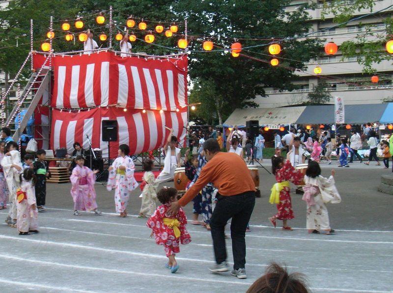 盆踊り_c0025115_21361143.jpg