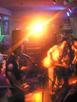 """08月16日(土) \""""DAN-DOH RECORDS\"""" Presents FREE LIVE!! [ KA-KAMI FOREVER!! 2008 ]_f0004730_17315235.jpg"""