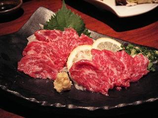 プチ旅in熊本~其の3~ 熊本ラーメンと馬刺しを食す。_d0111534_22102257.jpg