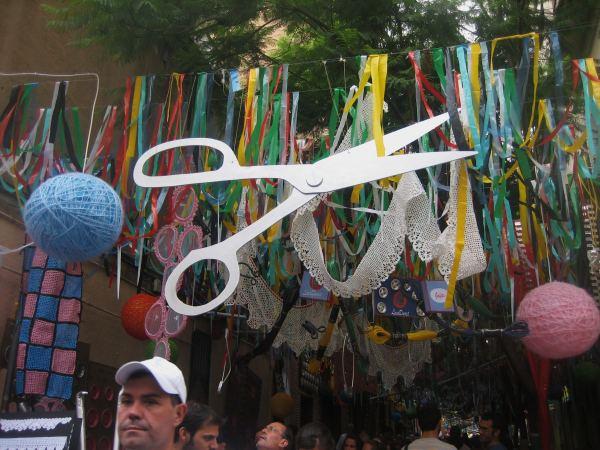 Gracia地区のお祭り_b0064411_6523730.jpg