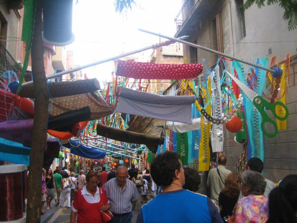 Gracia地区のお祭り_b0064411_653035.jpg