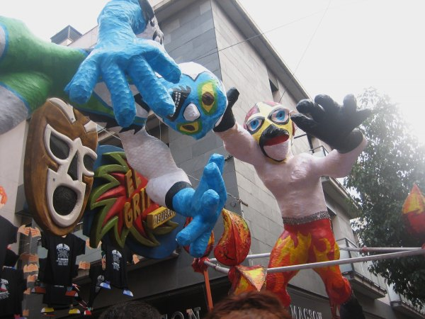 Gracia地区のお祭り_b0064411_656055.jpg