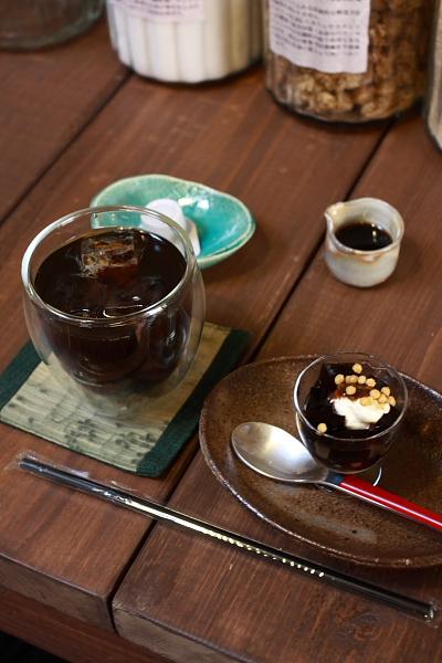 Cafe 火裏蓮花_e0051888_0473335.jpg