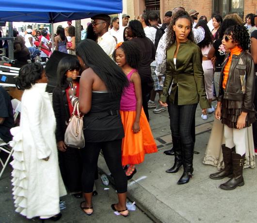 ハーレム・ウィークでファッション・ショーに遭遇!_b0007805_11225955.jpg