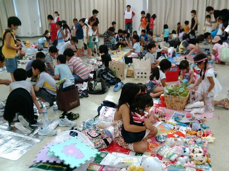 フリーマーケット開催報告@五反田TOC _e0105047_1285029.jpg
