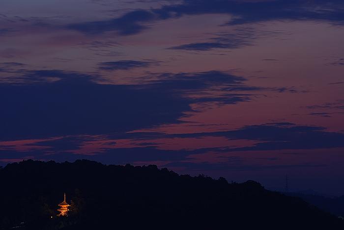 古寺の夕暮れ_c0152379_6252249.jpg