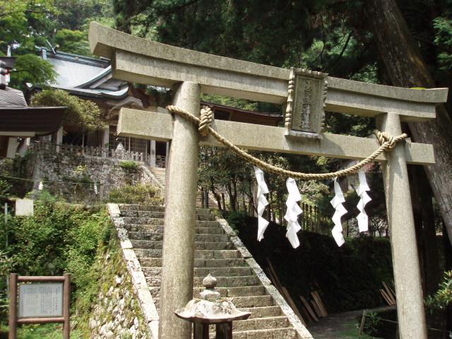 世界遺産の玉置神社に参詣する_c0010936_001575.jpg