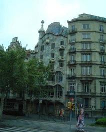 バルセロナのガウディ_a0084343_13465693.jpg
