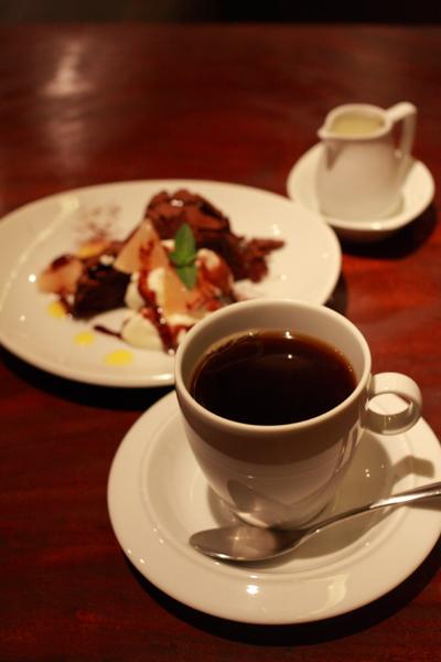 cafe mano a mano_e0051888_6382112.jpg