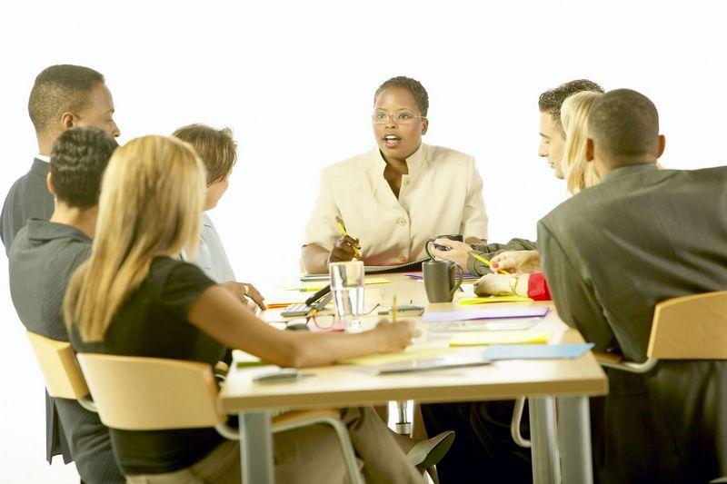文化や考え方が異なるビジネスマンとチームを組む!_f0031508_1983793.jpg