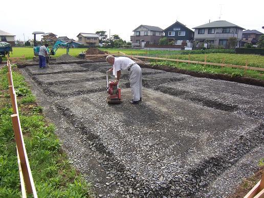 東石川の家Ⅱ 基礎工事中 2008/8/22_a0039934_1845282.jpg