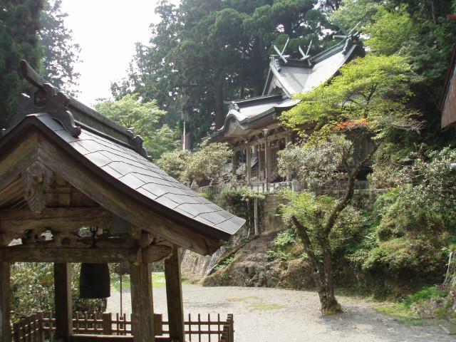 世界遺産の玉置神社に参詣する_c0010936_042442.jpg
