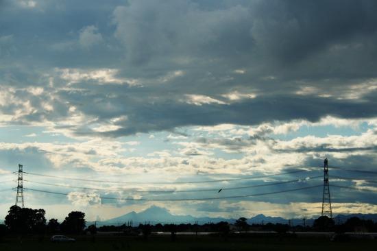 山嶺  *1_e0126350_1648208.jpg